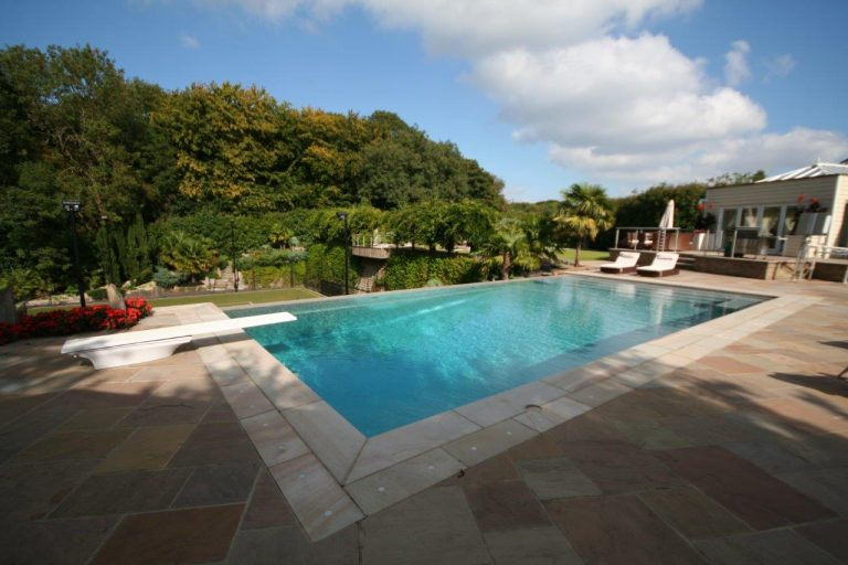SILVER British Pool _ Hot Tub Awards 2016 Residential Outdoor Pools
