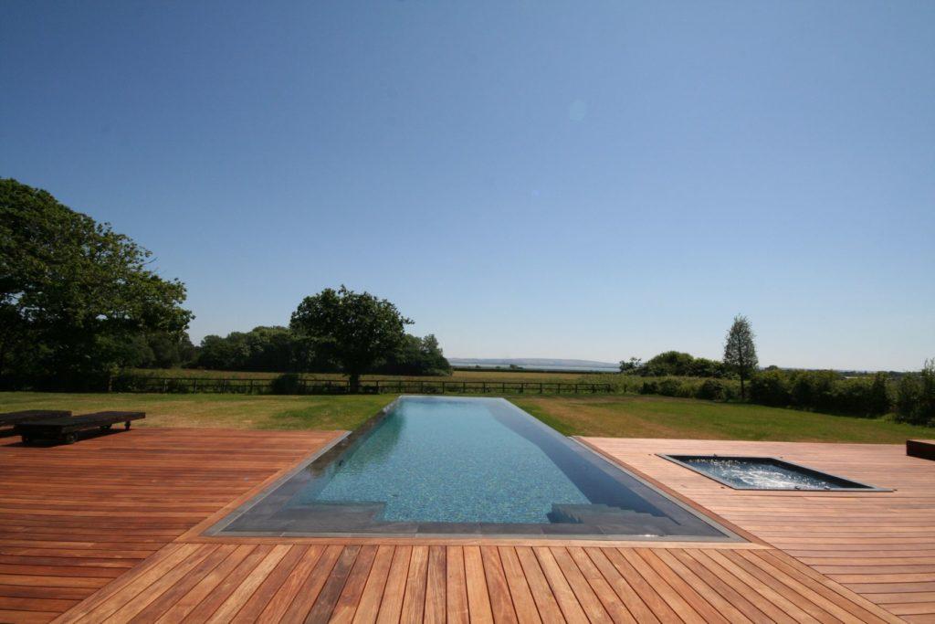 luxury outdoor infinity pool