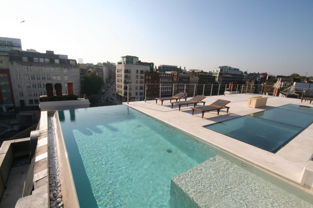 """London rooftop pool in the Grade II listed """"Sessions House"""" private club"""