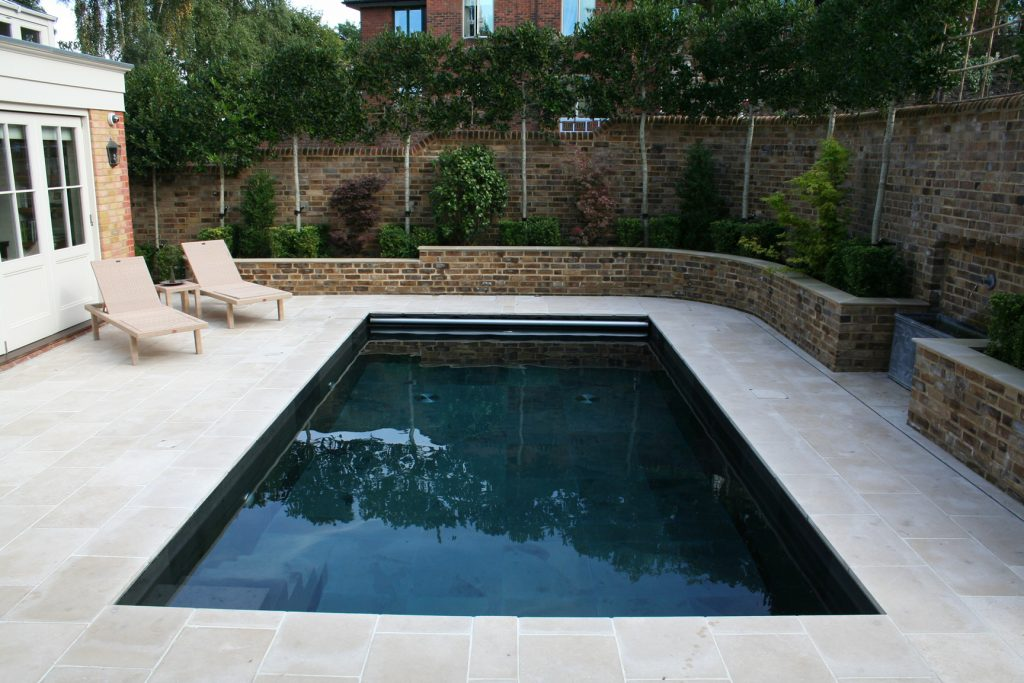 BRONZE British Pool & Hot Tub Awards 2015 Residential Outdoor Pools